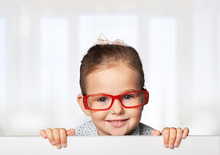niña-gafas
